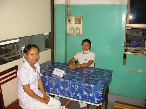 Hospitaal: let op de plastieken kapjes