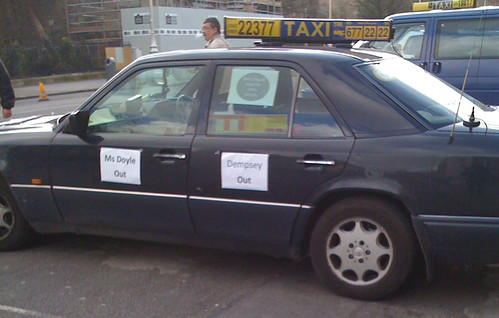 Dublin taxis in all-out strike
