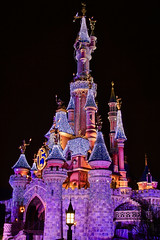 DLP Feb 2009 - Le Chateau de la Belle au Bois Dormant at Night (PeterPanFan) Tags: travel vacation france canon europe disney fr disneylandparis 30d dlp disneylandresortparis marnelavalle canon30d canoneos30d jonfiedler marnelavalle