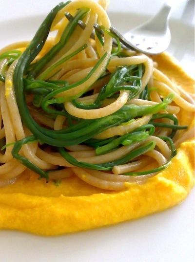 spaghetti con gli agretti