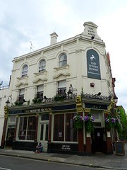 Picture of White Horse, SW6 4UL
