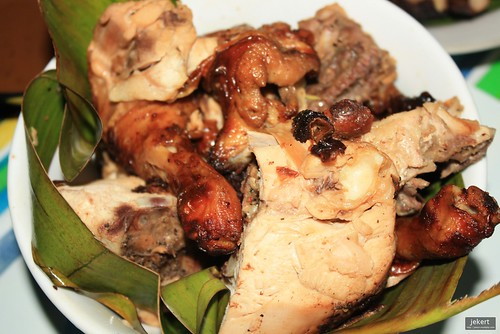 andoks lechon manok essay Find andoks litson sauce 560g we also carry a huge selection of lechon sauce and more products by andoks and other fine filipino foods and asian groceries at our store in are online filipino american supermarket.