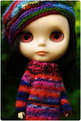 Himitsu in knit wear