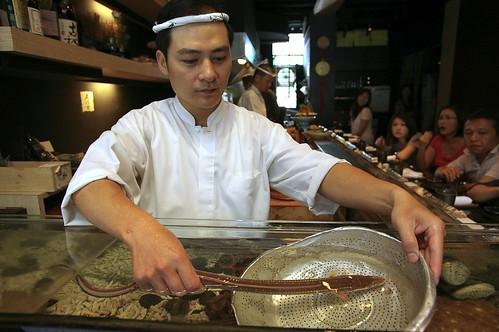 日本星鰻壽司現場料理