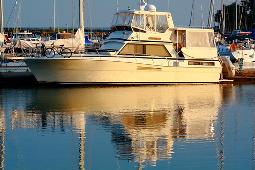 'Unforgettable' - A Viking Motor Yacht!