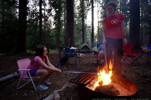 teagan and kat roasting marshmallows - _MG_9644