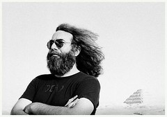 grateful-dead-pics-adrian-boot-jerry-garcia-egypt