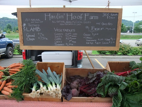 Haulin' Hoof Farm at the Athens Farmers Market 8/8/09