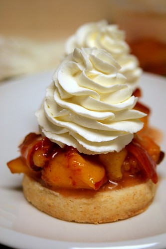 Peach shortcakes 019