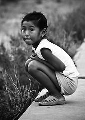 chiquilla (AgusValenz) Tags: portrait bw white black byn blanco child retrato negro nia 70300mm centralasia kazakhstan eurasia kazak atyrau kazajistan