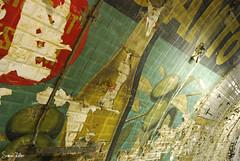 Déchéance publicitaire (Sam Rollier) Tags: paris saint pub metro sale olive mur publicité vieux ancien pourri sulpice délabré