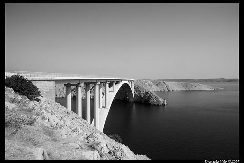 Pag Bridge B&W