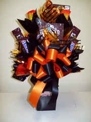 Cincinnati Bengals (Candy Bouquet) Tags: candy snickers gift present bouquet bengals
