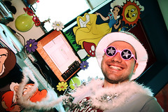 Feliz aniversrio, Murilo Cardoso! (poperotico) Tags: birthday brasil geotagged amigo friend saopaulo brother bald irmo bday aniversrio careca murilocardoso agenciadot kitfesta