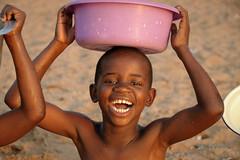 Joy of life - Cape Maclear - Malawi (PascalBo) Tags: africa portrait people beach girl smile face kid nikon child d70 malawi enfant fille sourire plage lakemalawi visage afrique southernafrica eastafrica lakenyasa lakeniassa capemaclear 123faves lakenyassa afriqueaustrale afriquedelest lacmalawi pascalboegli lacnyasa lacnyassa lacniassa