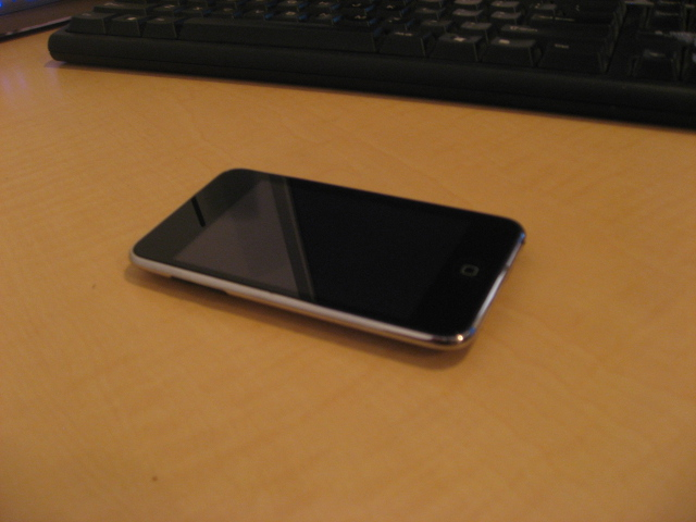 Ipod Touch 16gb 2nd Gen