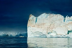 Canteras de hielo (dani.Co) Tags: trip travel ice bay mar nikon holidays nieve north pole arctic explore greenland iceberg d200 polar montaa baha ocano rtico disko ilulissat groenlandia explored hiel abigfave platinumphoto danico colorphotoaward