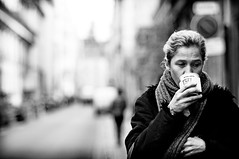 (juliusfrumble) Tags: street paris nikon 85mm