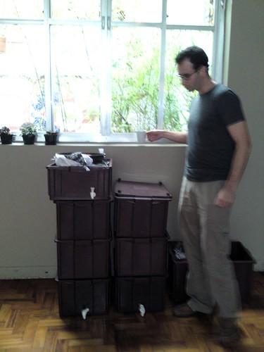 Pablo Handl e as composteiras Boa Terra