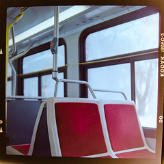 Non lieux (Benoit.P) Tags: red bus 120 6x6 film analog self montréal benoit mtl kodak troisrivieres mauricie portra vc yashica tr ordinary paille 160 635 troisrivières ordinaire benoitp benoitpaille