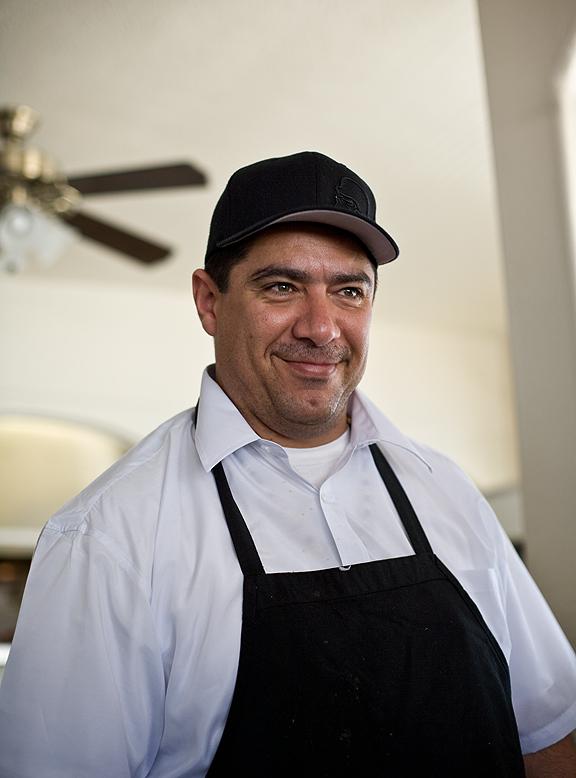 Mariscos Chente Chef Sergio Eduardo Penuelas