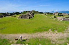 HOM_3142 (rvsuzan) Tags: trip viaje mexico oaxaca pyramids monte piramides zona alban zone montealban archeological arqueologica