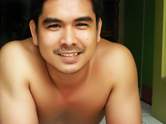 Yes, I have been tagged :D (Gilbert Rondilla) Tags: selfshot guy selfportrait self faces man portrait male nikon philippines asian people rondilla pinoy photo luisianian gilbertrondillaphotography gilbertrondilla gilbert filipino color closeup up close me myself tagged smile ako shirtless body face homme hombre homen physique point shoot pns digicam own camera notmyowncamera notmycamera borrowedcamera horizontal gettyimagesphilippinesq1 gettyimagescollection frontdoor frontdoorphotography
