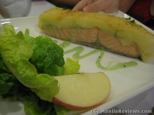 AngelsKitchen Baked Salmon in Aioli Potato Crust