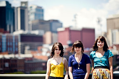 The Tennessee Girls. (The Vision Beautiful) Tags: bridge friends pen walking twins flickr downtown nashville meetup tennessee photographers pals amandapulley katepulley chrisseyhanson aftertakingthisphotoiblurtedouthowfittingbecauseithoughticapturedabitofeachoftheirpersonalities