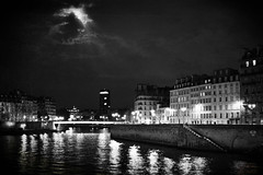 (Skywaaker) Tags: bw moon paris france reflection seine night clouds river outdoors blackwhite îledefrance cloudy