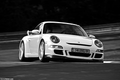 GT3. (Denniske) Tags: white motion speed canon eos is movement action 911 september porsche l mm dennis blanche 12th panning wit weiss bianco 70200 f28 ef gt3 997 noten lseries llens 40d denniske dennisnotencom nurburgringnordschleifetouristenfahrten12092009