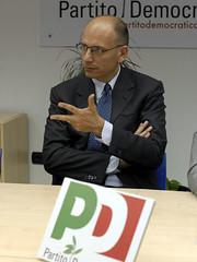 Enrico Letta a Cagliari (Marco Meloni) Tags: sardegna pd cagliari partitodemocratico enricoletta marcomeloni mariobruno silviolai