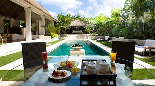 Villa Nalina Bali - Pool & Garden