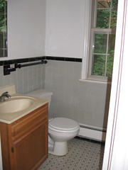 bathroom (jules1857) Tags: st nw porter 2736