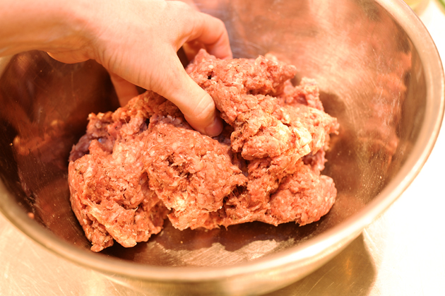 My Favorite Burger | The Pioneer Woman Cooks | Ree Drummond