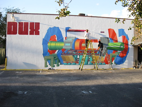 Kristofoletti paints an ATLAS mural in South Carolina. Photo on flickr by Kristofoletti.