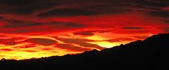 Amanece tras El Cuera (Janet'79) Tags: sol rojo negro asturias amanecer amarillo monte naranja llanes montaas niembro sierradelcuera barrro