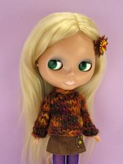 almond2 (Helena / Funny Bunny) Tags: sweater knitting doll knit mohair blythe custom olds almondmilk sbl funnybunny solidbackground primadollyginger poupéemécanique fbfashion
