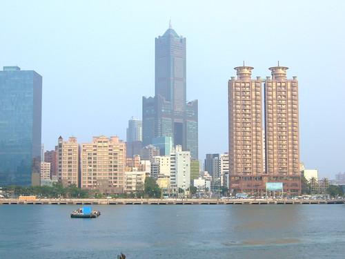 高雄市自行車道_西臨港線_70_東帝士85大樓