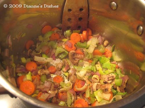 Tortellini Soup: Veggies