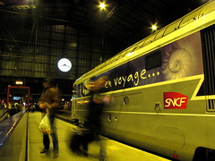 Time to go (esyckr) Tags: voyage travel people clock station night train time gare sncf