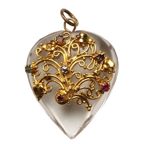 029_crystal_heart_front