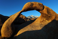Long Pine Peak Through Mobius Arch (PurpleTulips (Grace & Ray)) Tags: california sunrise landscape arch breathtaking alabamahills lonepinepeak aplusphoto mobiusarch platinumheartaward breathtakinggoldaward