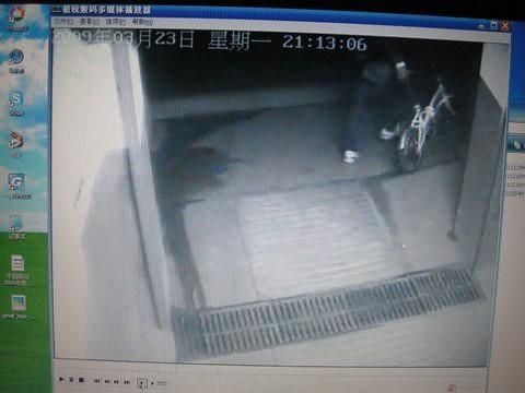 偷车监控录像曝光 - 30秒,一睹偷车贼庐山真面目 15 by you.