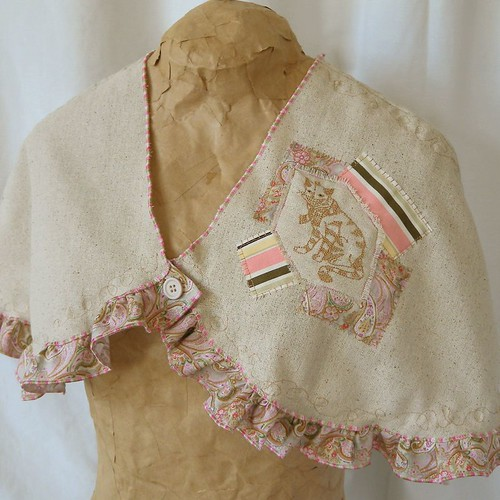 Pink & brown cat capelet