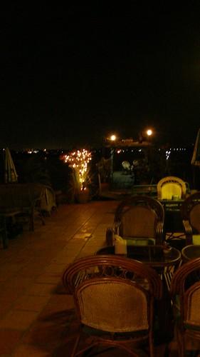 85.Boeng Kak Lake旁水上餐廳夜景 (2)