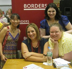 7-16  Jennifer Weiner, Jackie, Lori and me