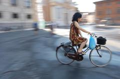 Happy World Photography Day! (Ana Santos) Tags: italy beautiful bike bicycle blurry pisa explore pan panning 2009 worldphotographyday topshots sooc anasantos anaalmada