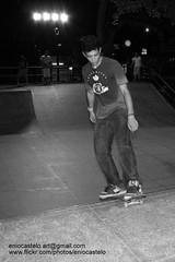ebc_d_ 18-5-2011 21-29-46 (Enio Castelo) Tags: sports sport skating skate esporte skateboarder skateboarders esporteradical pistadeskate esportista esportistas skaitista rampadeskate esportedeao esportesdeao eniocastelofotografia eniocastelofotografias eniocastelofotos fotoseniocastelo eniocastelophotos wwwflickrcomphotoseniocastelo imangenseniocastelo photoseniocastelo eniocasteloimangens