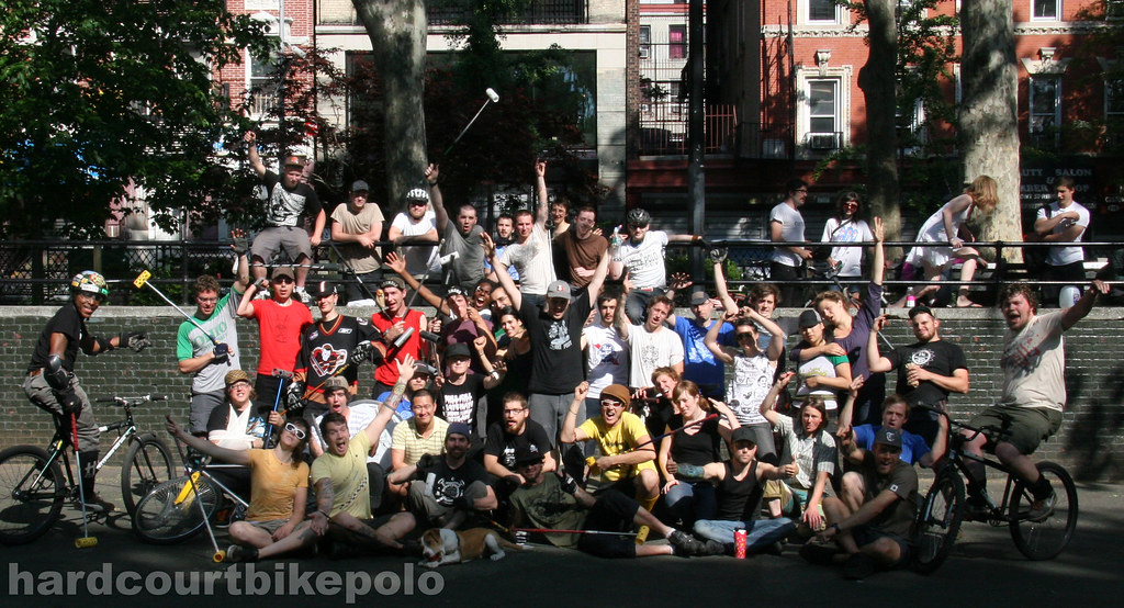 2008 Pre-worlds round robin BBQ nyc bike polo group